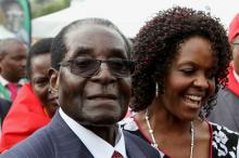 Роберт и Грейс Мугабе. Фото: Philimon Bulawayo / Reuters