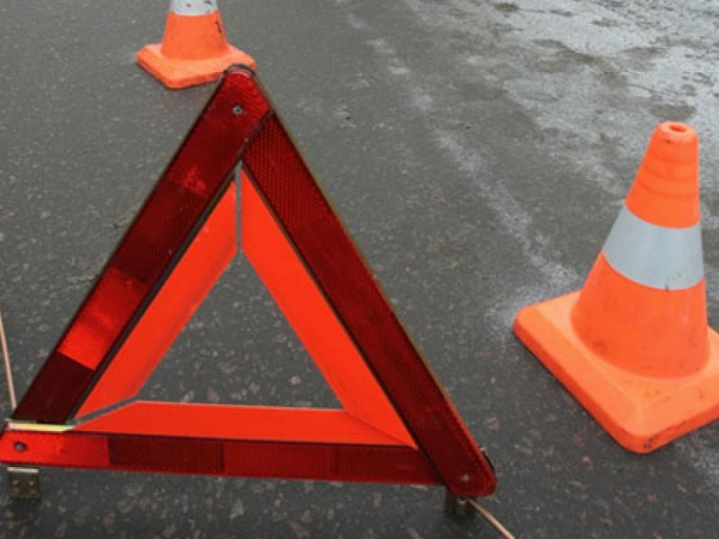 Шофёр Mercedes врезался в фургон вЧерноморске: пострадал шестилетний ребенок