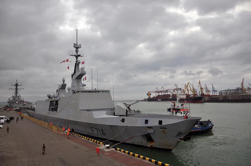 Впорт Одессы прибыл фрегат изФранции
