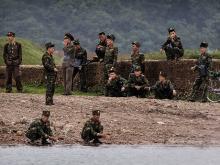 Северокорейские военнослужащие.  Getty Images. Фото: К.Фраер