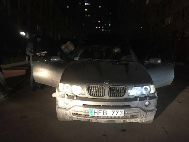 ВОдессе неизвестные на БМВ похитили женщину: был объявлен план «Перехват»