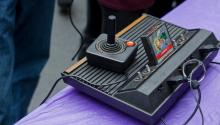 Игровая приставка Atari 2600.  B Christopher / Alamy / Vida Press