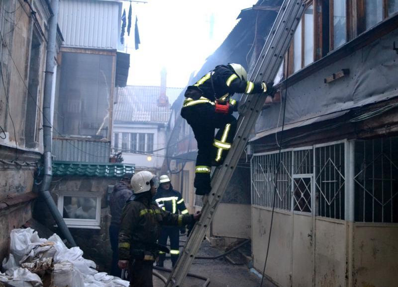 Пожар вОдессе забрал жизни 2-х человек