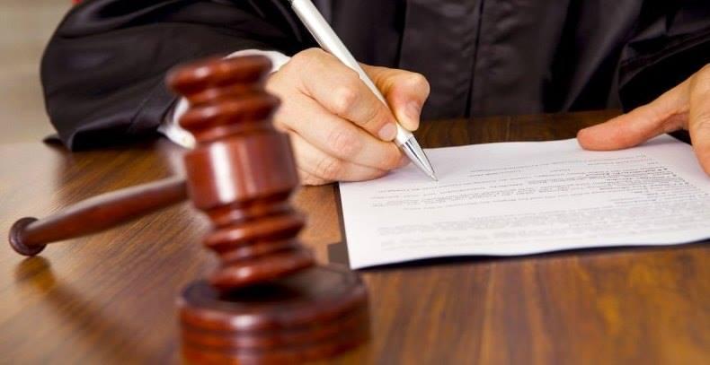 Попавшегося навзятке одесского следователя приговорили к 5-ти годам тюрьмы