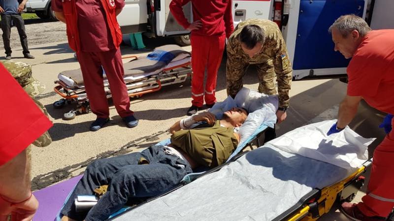 ВОдессу прибыл самолет сранеными военнослужащими - впервый раз заполгода