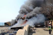 Пожар в ресторане «Песок». Фото: Главное управление ГСЧС в Одесской области