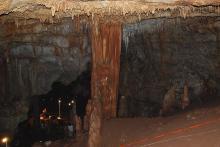 Пещера Манот. Фото: wikimedia.org