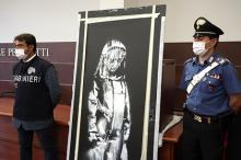 Дверь с картиной Бэнкси, обнаруженная в Италии. Фото: Andrea Rosa / Associated Press