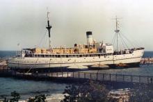 Учебное судно «Экватор» в Отраде, 1996 г.