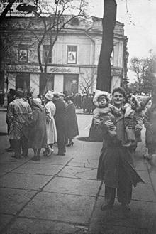 На ул. Дерибасовской угол Маркса (Екатерининской), 1961 г.
