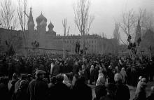 Митинг в освобожденной Одессе на привокзальной площади, 1944 г.