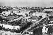 Канатная угол пер. Александра Матросова, (справа Ботаническая церковь). Фото Ассошиэйтед Пресс, 10 апреля 1944 г.
