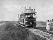 Дорога между Дачей Ковалевского к Люстдорфом, фотограф Крикор Магникян, 1926 г.