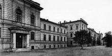 Ул. Институтская (Дидрихсона) угол Мечникова, вид на институт благородных девиц, 1900-е годы