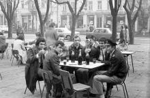 Кафе на ул. Советской Армии (Преображенской), именовалось в народе «Три слона», фотограф Игорь Алексеев, 1974 г.