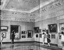 В зале музея, начало 1970-х годов