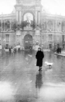 Одесса, возле оперного театра, 1949 г.