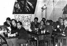 В кафе ОМК «Молодёжное» на Дерибасовской, 1983 г.