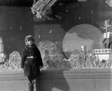 Улица Ленина (Ришельевская), у витрины магазина «Детский мир», фотограф Семен Иванович Здор, 1978 г.