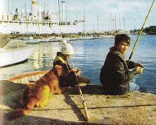 Одесса, Отрада, яхтклуб, в глубине «Экватор»