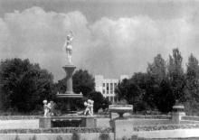 Одесса, фонтан в санатории им. Ф.Э. Дзержинского, фотограф Г. Логвин