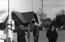 Одесса, Приморский бульвар. На фото в центре Андрей Добролюбский, 1962 г.