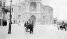 Одесса, ул. Ришельевская, оперный театр. 1900 г.
