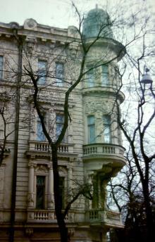 Одесса. Дом №8 по Островидова (угол 1905 года). Фотограф В.Г. Никитенко, 1970-е годы