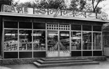 Одесса. Кафе «Дорожное» на привокзальной площади, у бокового выхода со стороны Старосенной площади. Фотограф Л. Гилевич. Открытка, 1966 г.