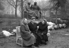 Одесса. Городской сад. Памятник Ленину и Сталину. Середина 1950-х гг.