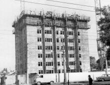 Одесса, строительство одной из высоток на 4-й станции Фонтана. Начало 1970-х годов