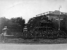 Перед Дворцом пионеров. Одесса