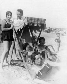 Одесса. На пляже в Лузановке. 1930 г.