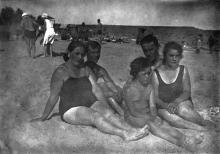 Одесса. На пляже в Лузановке. 1932 г.