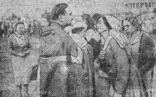 Молебен в парке Шевченко по случаю освобождения заключенных румынскими властями 30 августа 1942 года. Фото в «Одесской газете»