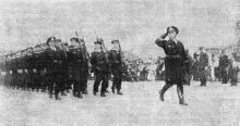 Одесса. Празднование Дня независимости Румынии 10 мая 1942 года. «Германские моряки на параде». Фото из «Одесской газеты»