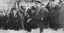 Одесса. Празднование Дня независимости Румынии 10 мая 1942 года. «Военные и гражданские власти у собора». Фото из «Одесской газеты»