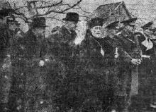 Одесса. Митрополит Виссарион на панихиде в парке Шевченко. 6 декабря 1942 г. Фото из «Одесской газеты»