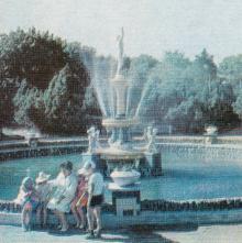 Одесса. Фонтан в санатории имени Дзержинского. Фото из справочника «Курорты Одессы», 1976 г.