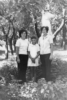Фигура оленя возле корпуса столовой санатория «Фонтан». Одесса, 1969 г.