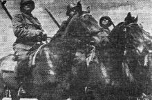 Одесса. Празднование Дня независимости Румынии. Румынские артиллеристы на параде. 10 мая 1943 г. Фото из «Одесской газеты»