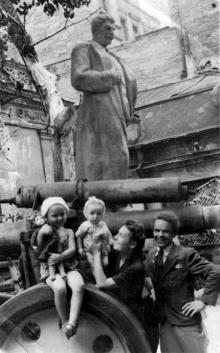 Одесса. Ул. Халтурина. Напротив музея