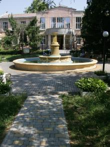 Скульптуры Лермонтовского санатория