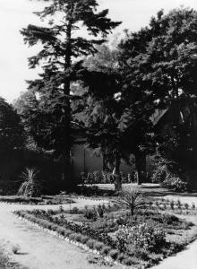 Одесса. Дом отдыха «Ударник» на 15-й станции Большого Фонтана. 1958 г.