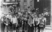 Одесса. Ул. Гоголя, 17. Возле школы №43. 1949 г.