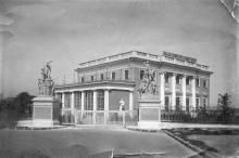 Внешний вид Дворца пионеров и октябрят в Одессе. 1938 г.