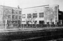 Главный корпус Одесского института механической технологии зерна и муки (Мукомольный). 1938 г.