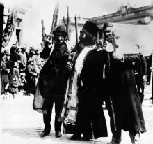 Театрализованное представление на первомайской демонстрации в Одессе. 1927 г.