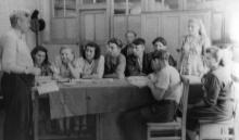 Итоговые занятия в политсети ЗОР. Одесса. 1953. Феохари. (1748)