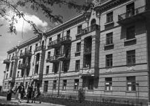 Новый жилой дом для работников Канатного завода по ул. Ботанической. Одесса. 28.5.56. Левит. (1009)